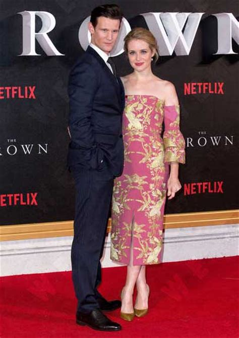Claire Foy & Matt Smith Own The Red Carpet At 'The Crown