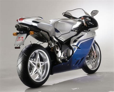 2006 MV Agusta F4 1000S 1+1 Review - Top Speed
