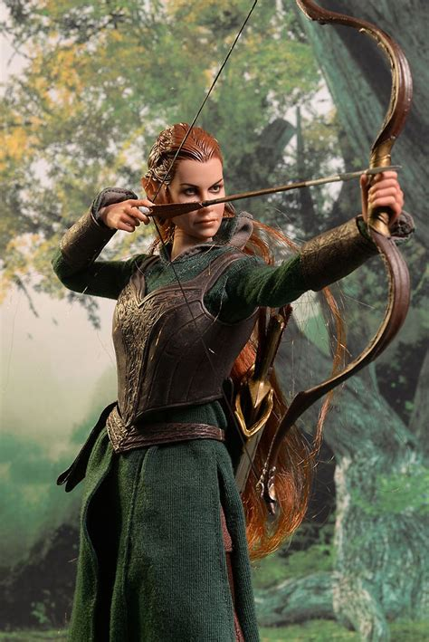 Asmus The Hobbit Tauriel sixth scale action figure