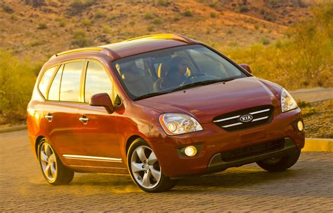 Kia Rondo's Demise In USA: Can Small People Movers Sell