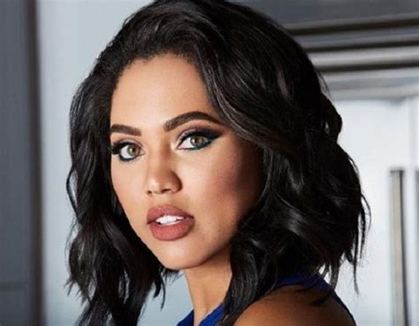 Ayesha Curry Bio Facts, Net Worth , Family, Body Size, Age