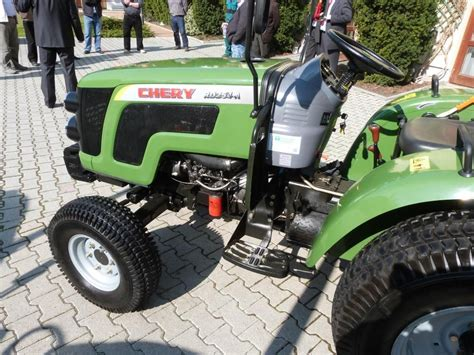 CHERY-ZOOMLION RD 254-A traktor - Pap-Agro Kft